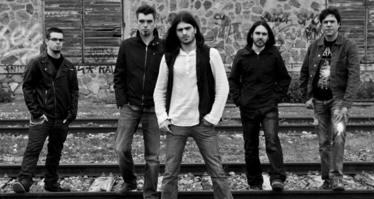 Aria-Ignis-Band